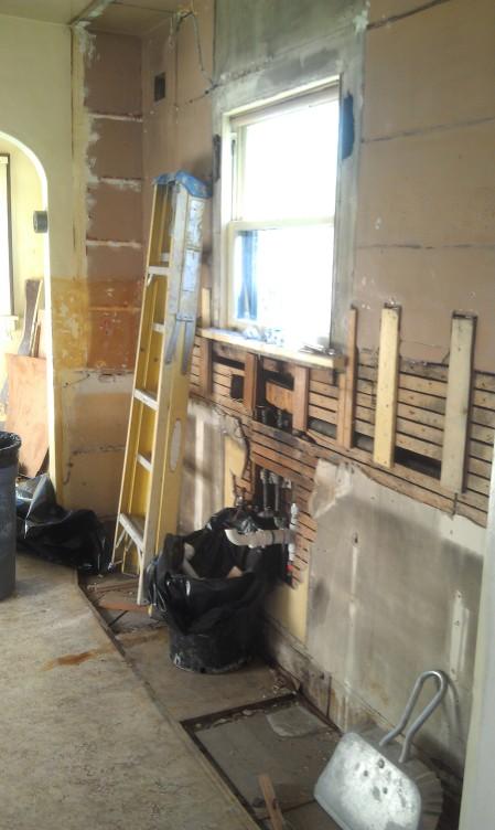 Kitchen West Wall